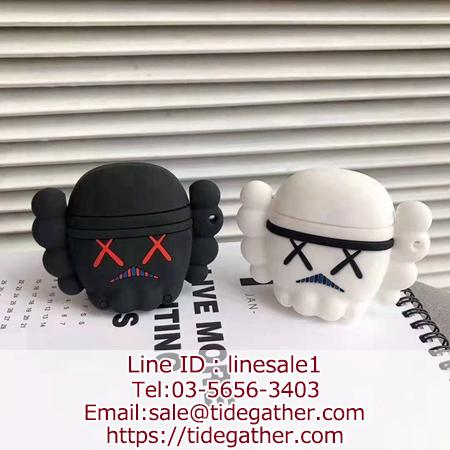 Kaws x Star Wars Darth Vader AirPodsカバー